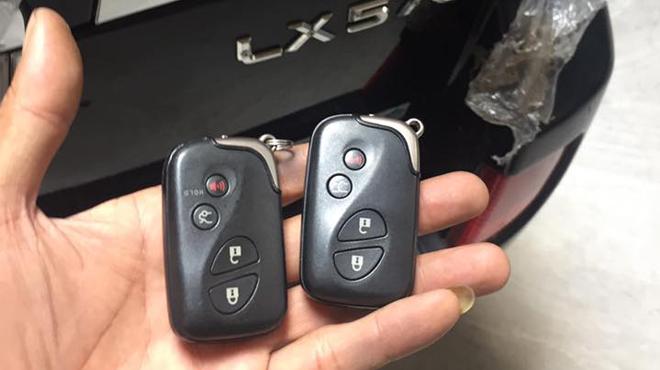Sửa khóa xe ô tô Lexus