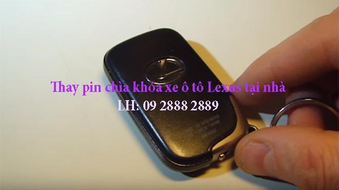 Thay pin chìa khóa xe ô tô Lexus